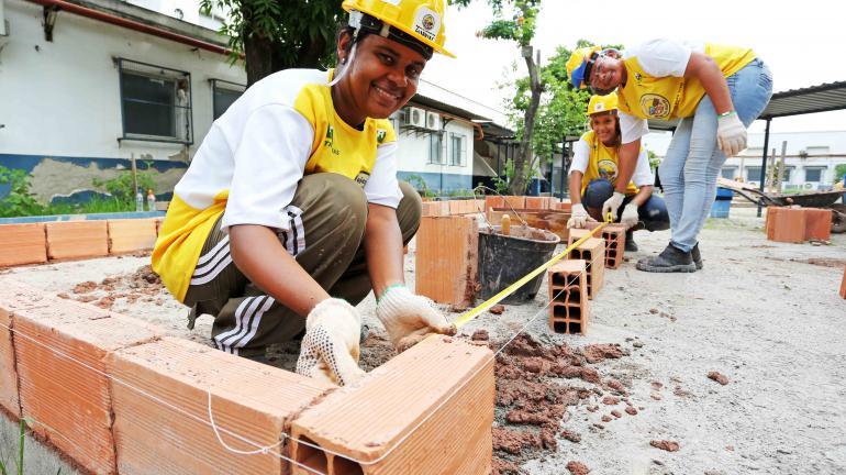 Rio tem mais de mil oportunidades de emprego