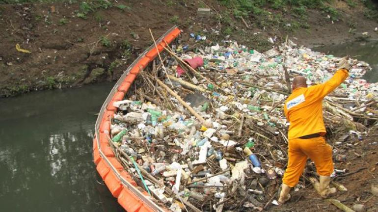 Proteção para diminuir a poluição nos rios do Estado