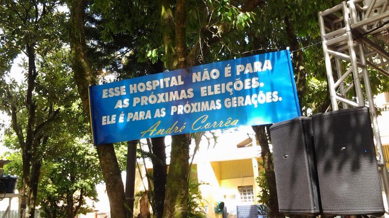 Deputado André Corrêa visita Hospital e lança obras da rodovia