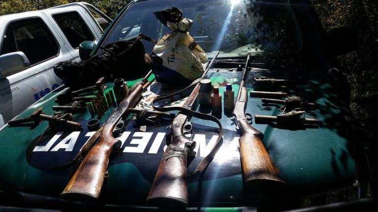 Quatro detidos e 26 trabucos e armas apreendidos em operação no Parque Estadual dos Três Picos