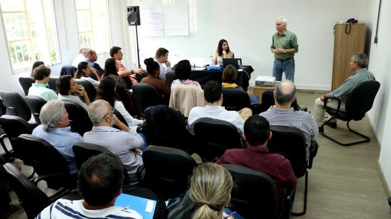 Secretaria do Ambiente avança na elaboração do Plano de Recuperação Ambiental da Baía de Guanabara