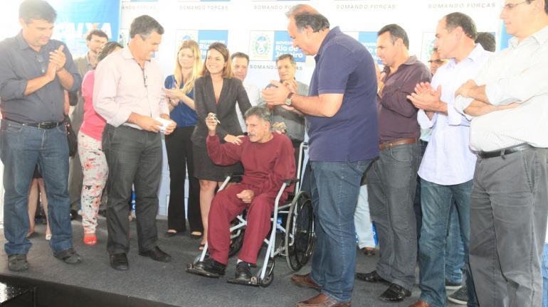 Governo do estado entrega 316 moradias moradores de Nova Friburgo