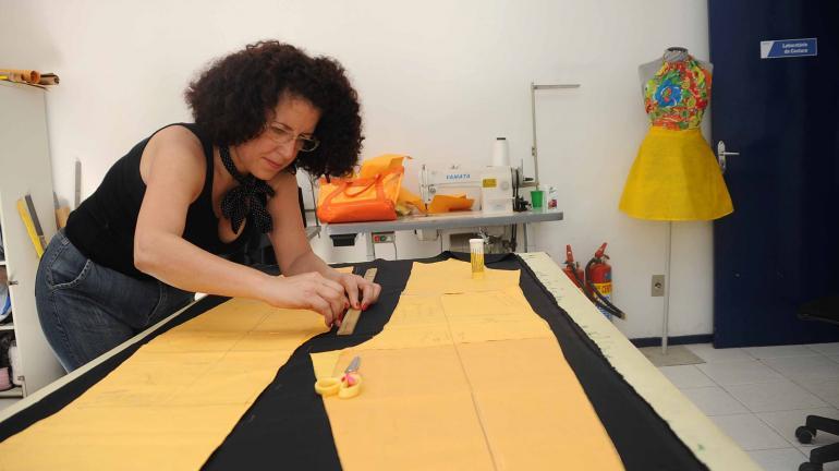 Rio divulga 703 vagas de trabalho