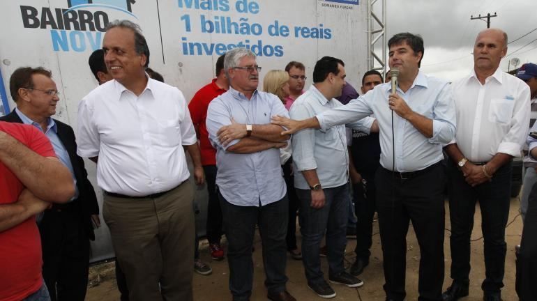 Bairro Novo vai asfaltar mais de 1.690 ruas na Baixada