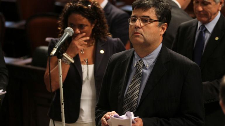 Emenda do Deputado André Corrêa garante reajuste de 9% ao piso salarial regional