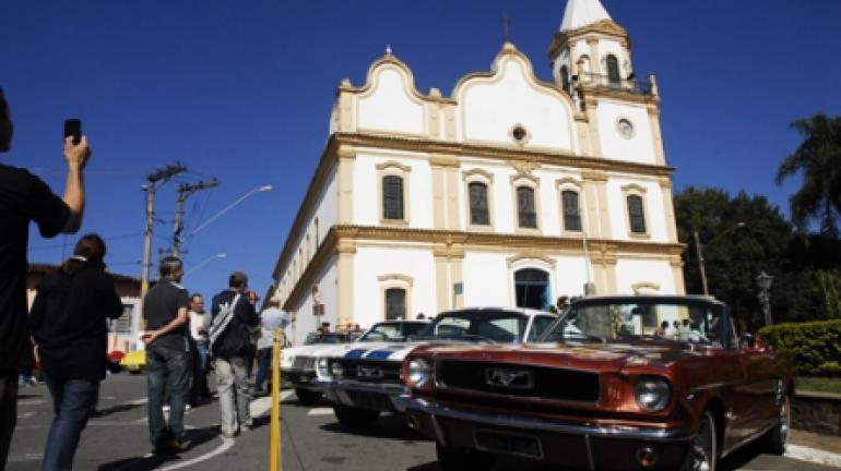 Colecionadores de automóveis antigos ganham reconhecimento com lei de André Corrêa