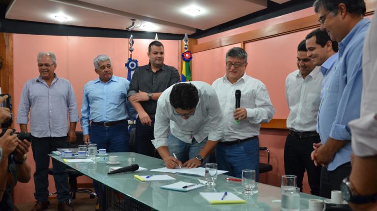 Inea vai fiscalizar obras de recuperação e manutenção dos canais da Baixada Campista, no Norte Fluminense
