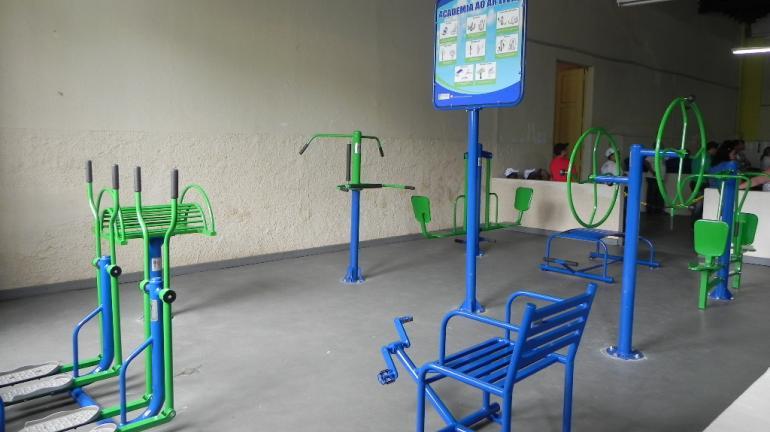 Governo inaugura academias para idosos em Valença e Nova Iguaçu