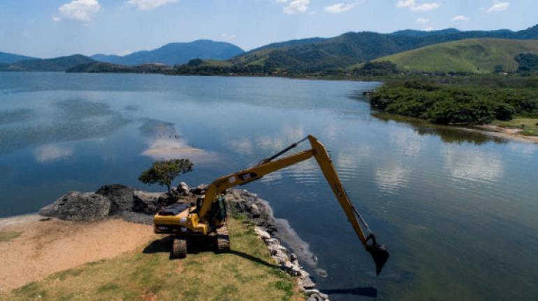 Maricá: Canal de Ponta Negra recebe dragagem