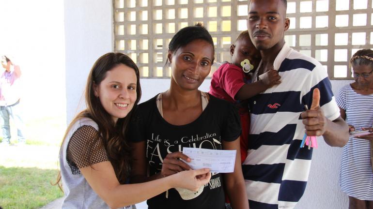 Mais 140 famílias recebem imóveis do Condomínio Trio de Ouro