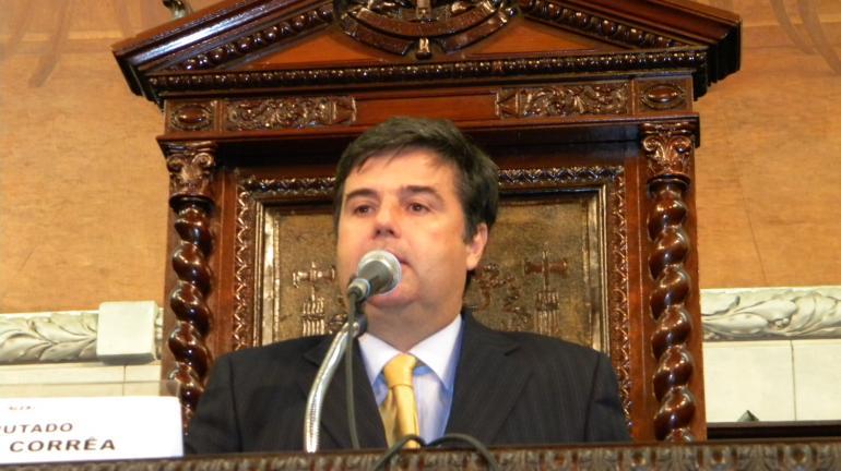 Projeto que estimula renovação da frota de caminhões tem aprovação articulada por André Corrêa