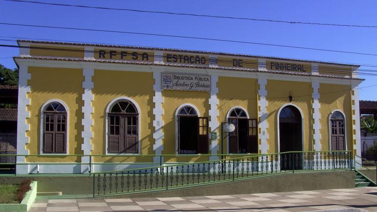 Córrego Palmeiras, em Pinheiral, será contemplado com serviço de dragagem