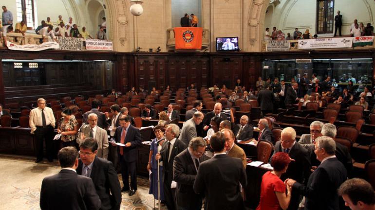 Alerj aprova operação de crédito do Governo para obras do Metrô