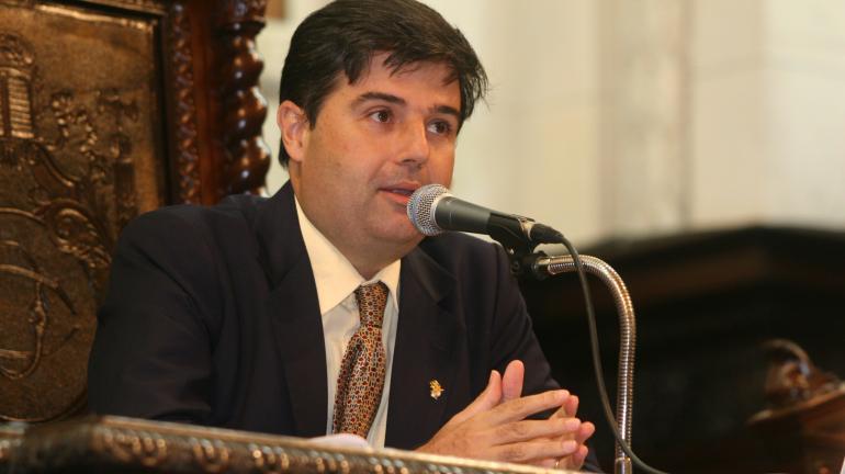 Programa asfalto na porta beneficiará 91 municípios com obras de pavimentação
