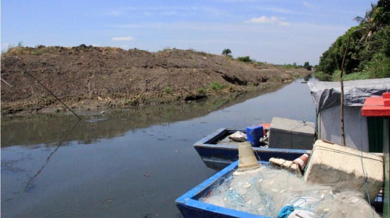 Programa Limpa Rio beneficia pescadores em Itaguaí