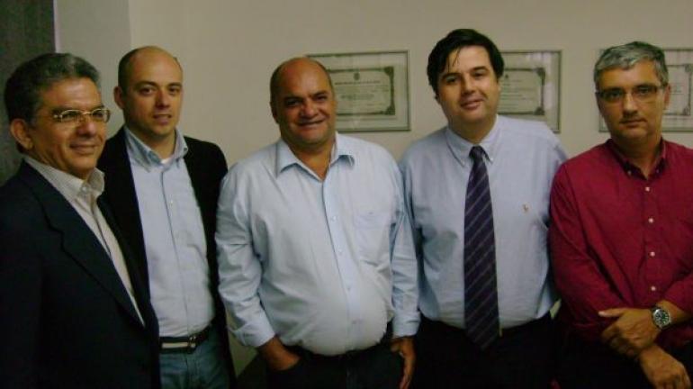 André Corrêa reúne-se com empresários e novo prefeito de Valença