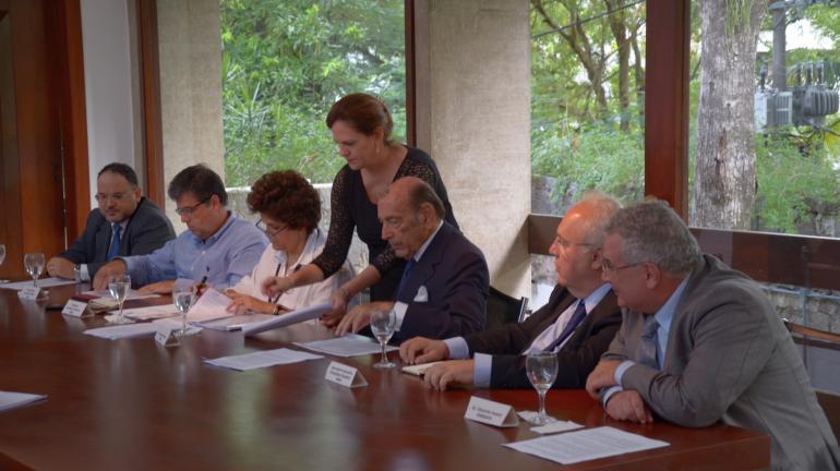 Secretário do Ambiente André Corrêa assina parceria para se avançar no Cadastro Ambiental Rural