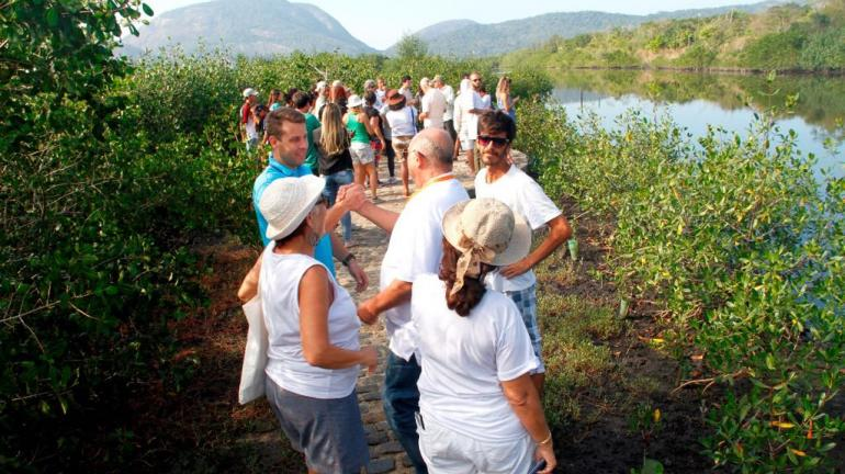 inaugurada nova trilha em área de mangue em Niterói