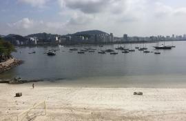 Praia da Urca ficou própria para banho na maior parte de 2018, diz Inea