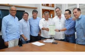 Em reunião realizada na Prefeitura de Três Rios, INEA entrega Licença Ambiental para a Nestlé