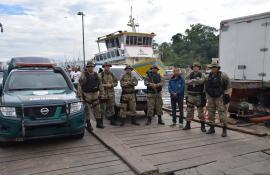 Instituto Estadual do Ambiente e Polícia Ambiental coíbem pesca predatória na Reserva Extrativista Marinha de Itaipu, em Niterói