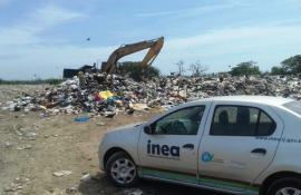 Inea deflagra operação para reprimir despejo irregular de lixo em Arraial do Cabo