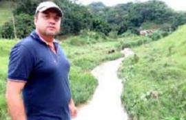 Dragagem, alargamento e limpeza do Córrego Santo Antônio para combater enchentes em Bom Jardim