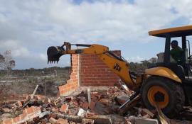 Inea deflagra operação para reprimir ocupações irregulares na Área de Proteção Ambiental de Massambaba