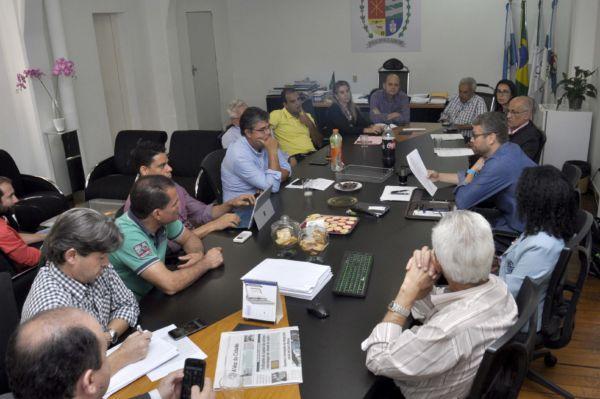 Drable e Corrêa buscam solução para retomar obras da ETE Ano Bom, em Barra Mansa