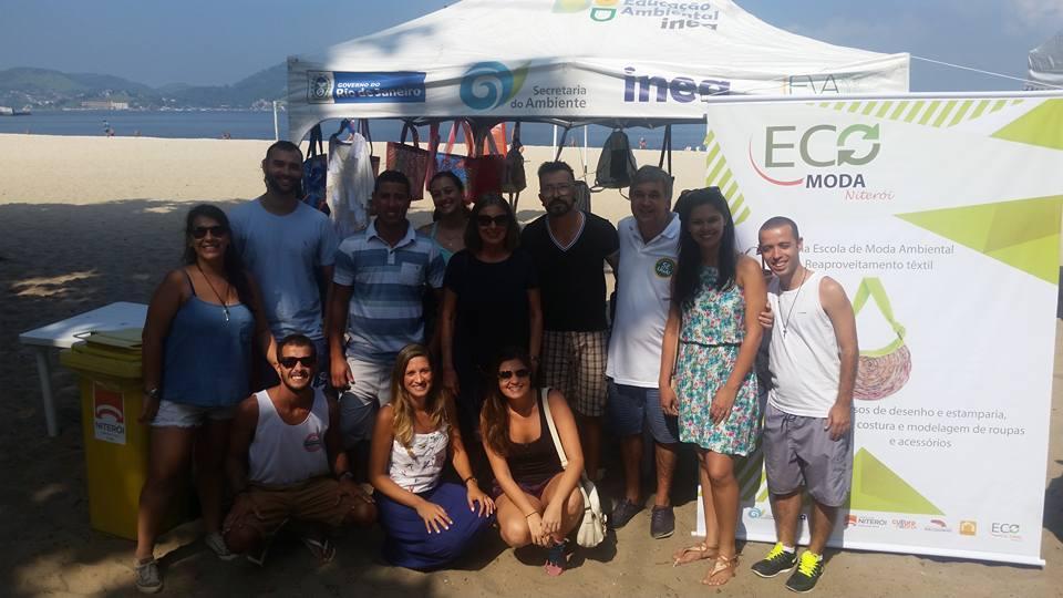 Instituto Estadual do Ambiente promove ações de educação ambiental na Praia de Icaraí, em Niterói