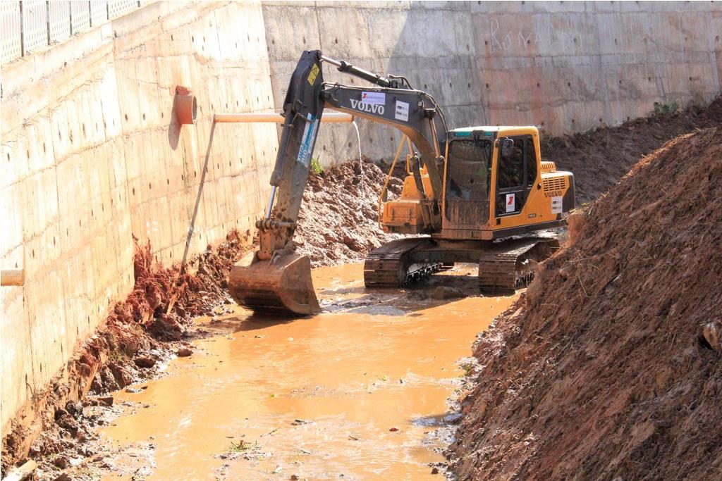 Duas Barras recebe ação do Limpa Rio