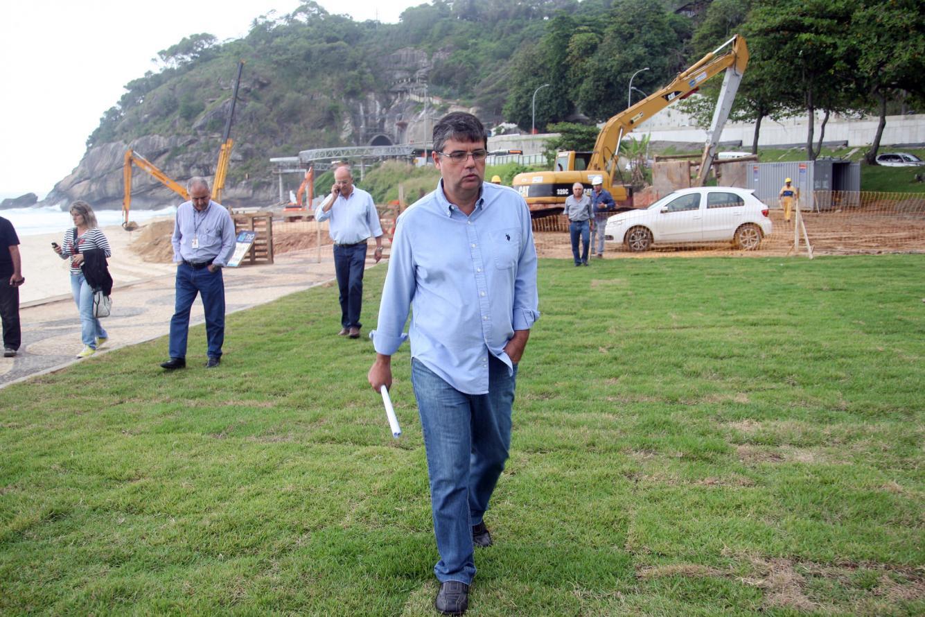 Secretaria de Estado do Ambiente dá o primeiro passo para devolver a praia de São Conrado aos banhistas