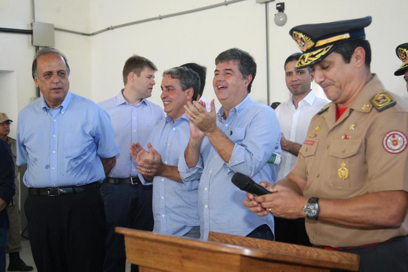 Mendes recebe destacamento do Corpo de Bombeiros