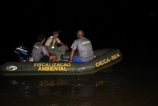 Secretaria do Ambiente fiscaliza a prática de pesca predatória na Lagoa de Itaipu, em Niterói