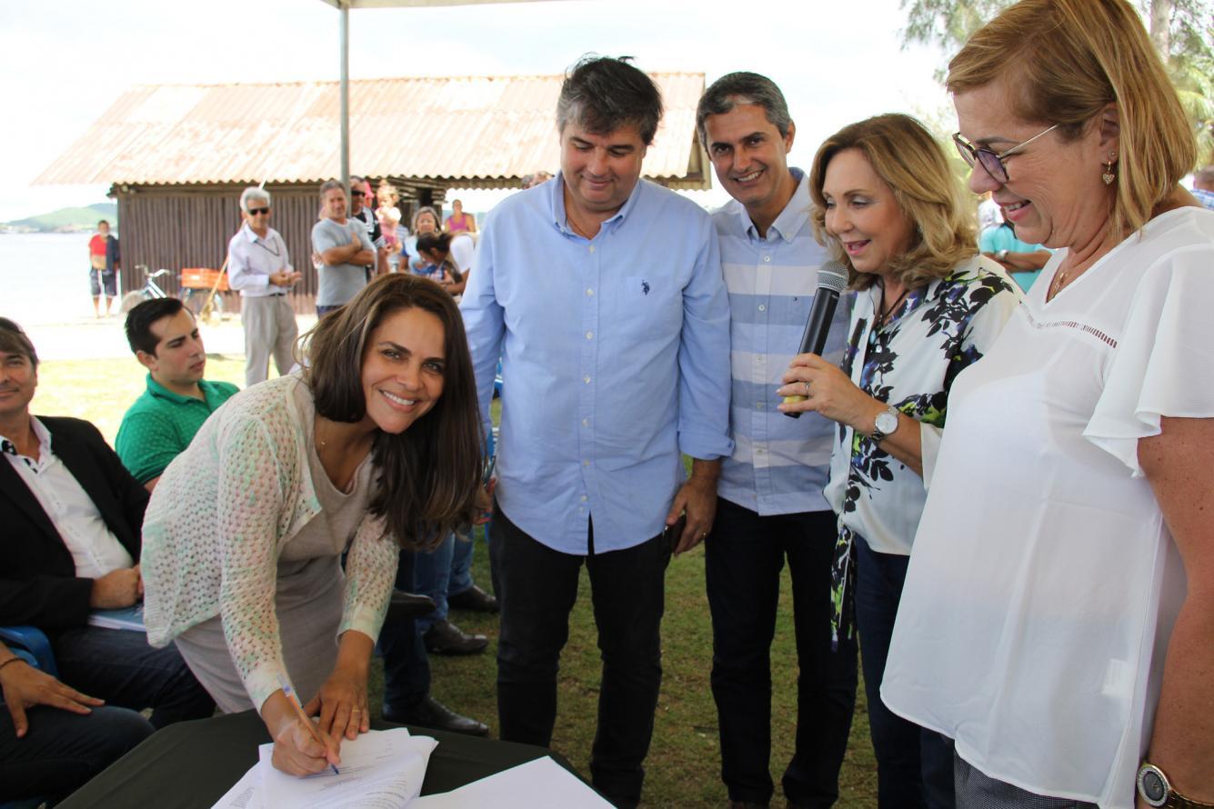 Consórcio Intermunicipal Lagos de São João assina Contrato de Gestão em Iguaba Grande
