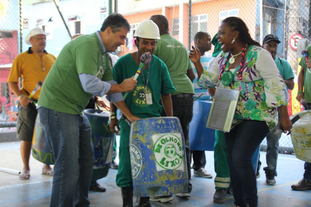 Secretário do Ambiente apresenta resultados do Projeto de Olho no Lixo, na comunidade da Rocinha, Zona Sul do Rio