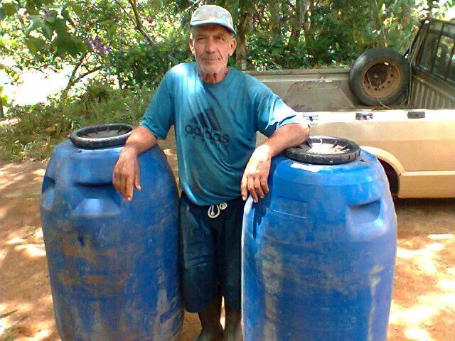 André Corrêa trabalha e produtores rurais plantam pimenta para Chinezinho