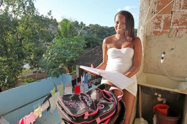 Incentivados pelo renda melhor jovem, adolescentes se dedicam aos estudos
