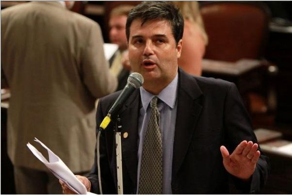 André Corrêa aprova Lei antibullying