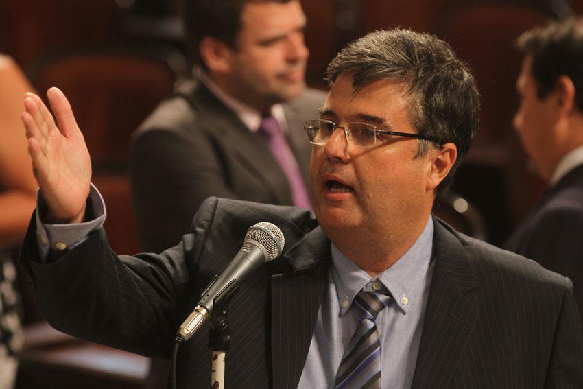 Articulação do Deputado André Corrêa garante aprovação de plano de cargos da Faetec