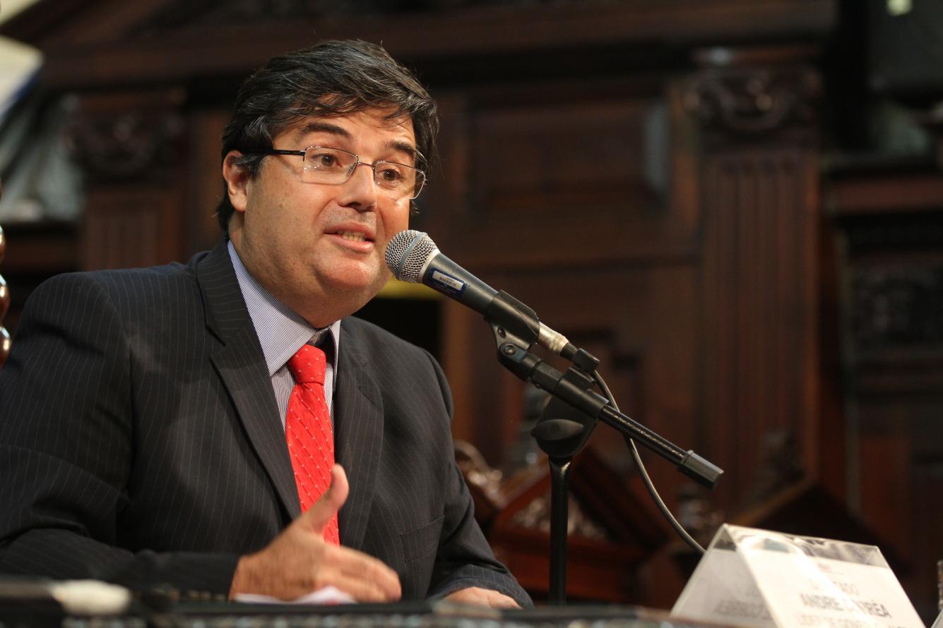 Deputado André Corrêa articula aprovação de alterações na Lei Orgânica do MP