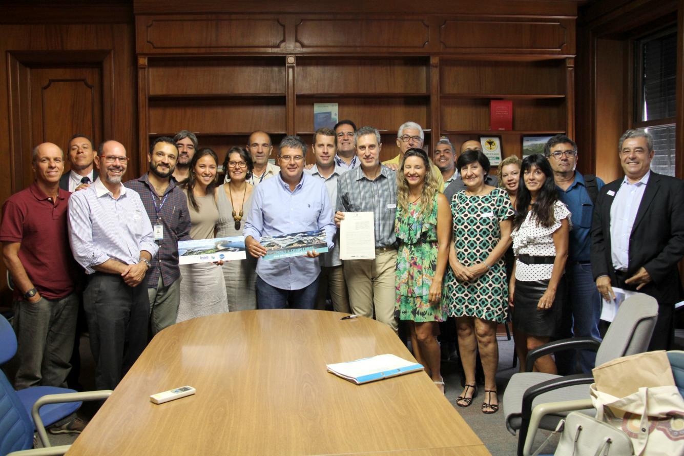 Deputado André Corrêa participa da assinatura da autorização para a implantação da nova guarderia no Parque Estadual da Serra da Tiririca