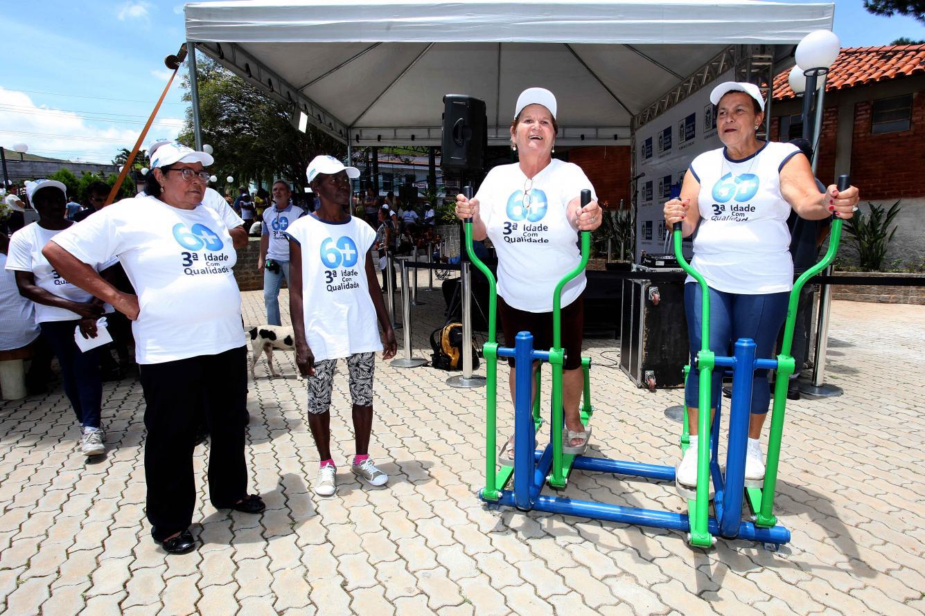 Rio das Flores ganha primeira academia ao ar livre para idosos