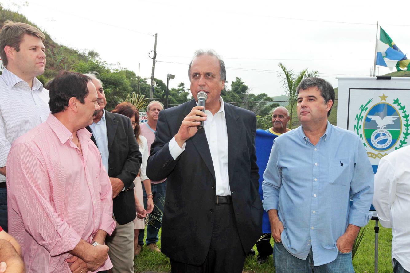 RJ-145, EM VALENÇA, RECEBE PAVIMENTAÇÃO DE ASFALTO BORRACHA