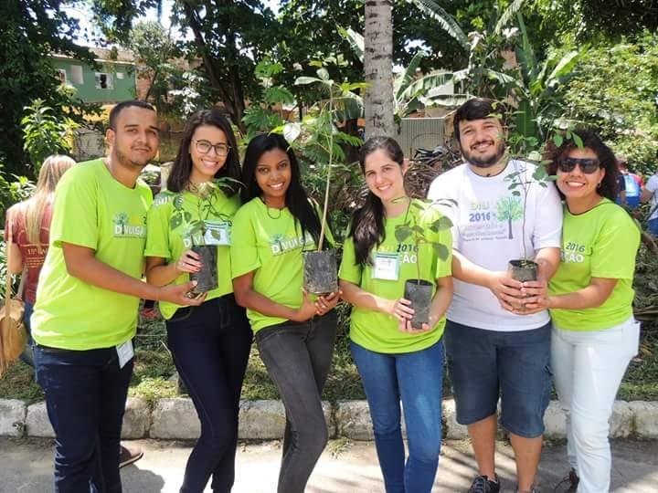 Jovens celebram o Dia Nacional da Juventude com atividades de educação ambiental na APA Macacu