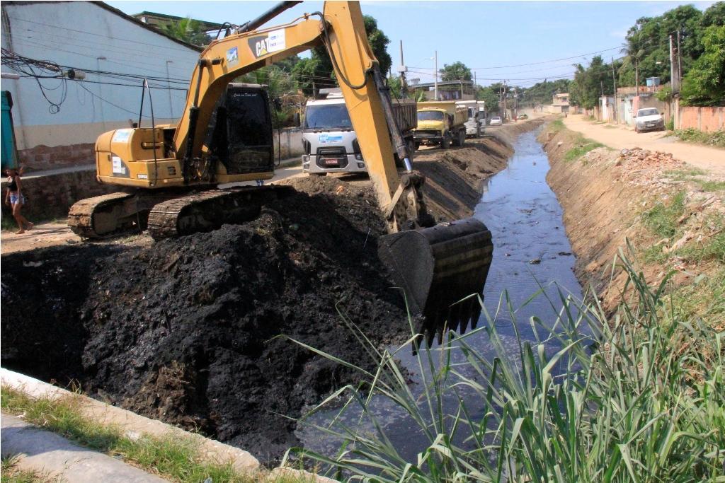 Belford Roxo recebe ações do Programa Limpa Rio