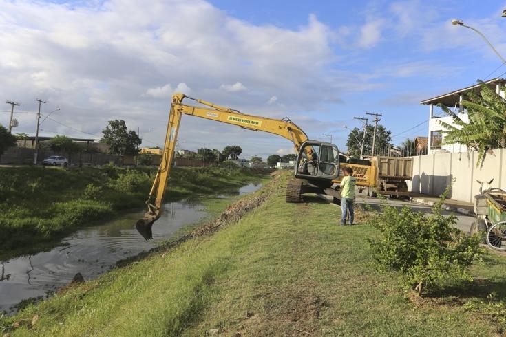Limpeza dos canais Coqueiros e Cambaíba começa a apresentar resultados