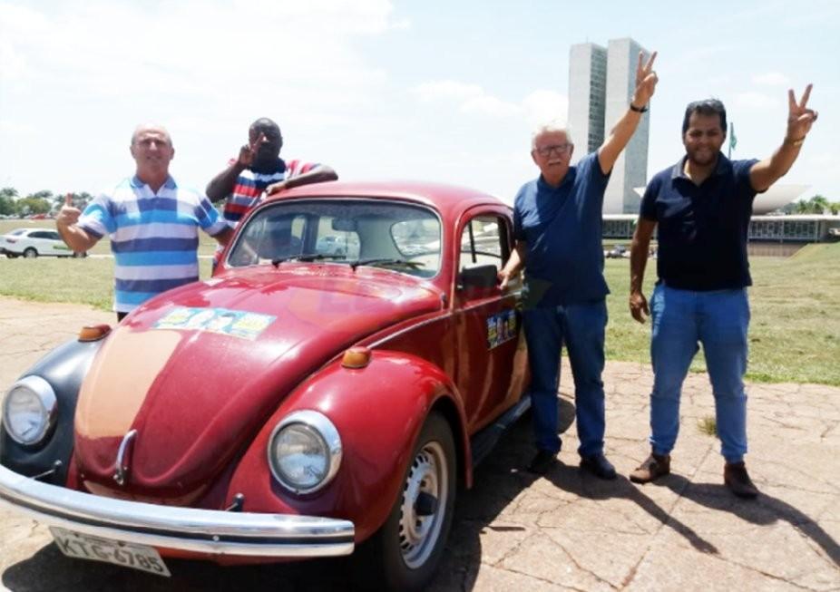 Deputado federal Luiz Antônio dá entrevista ao Jornal Local