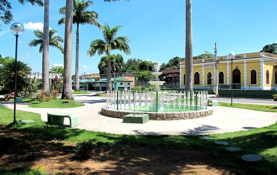 Governo do estado inaugura obras em Pinheiral e Conservatória