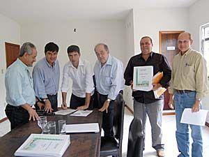 Governo do Estado garante Projeto de Esgotamento Sanitário em Vassouras